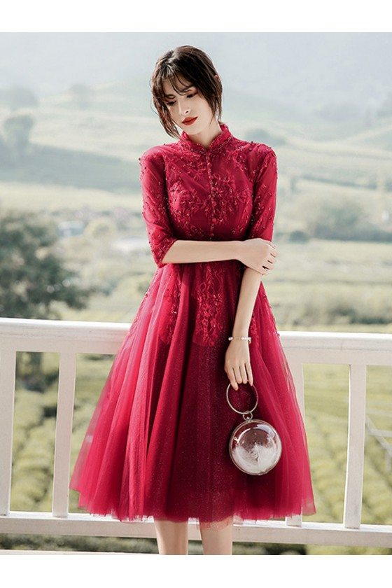 Burgundy Knee Length Tulle Short Party Prom Dress With Beaded Collar