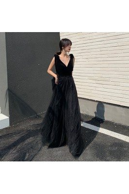 Sleeveless Sexy Vneck Tulle...