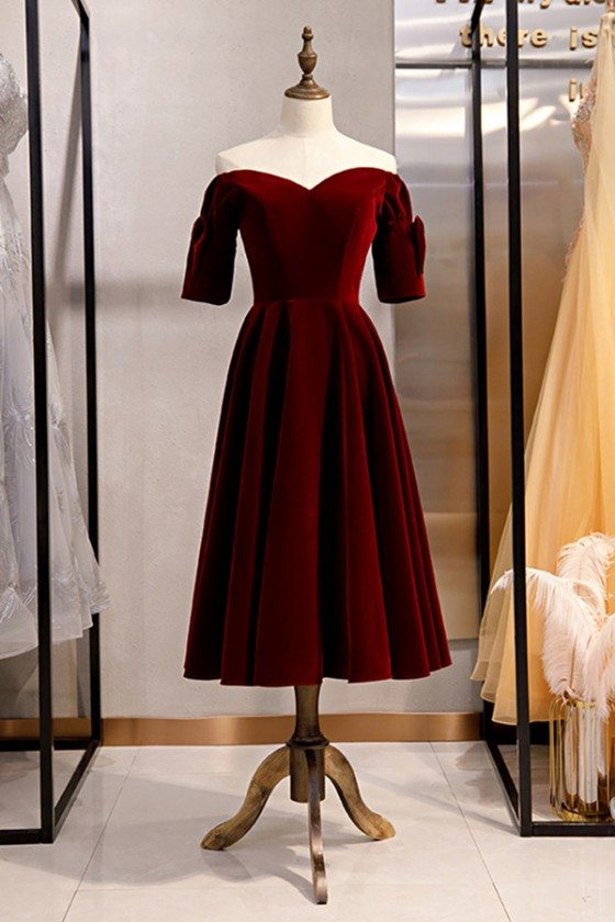 Velvet Maroon Retro Tea Length Party Dress With Off Shoulder Sleeves