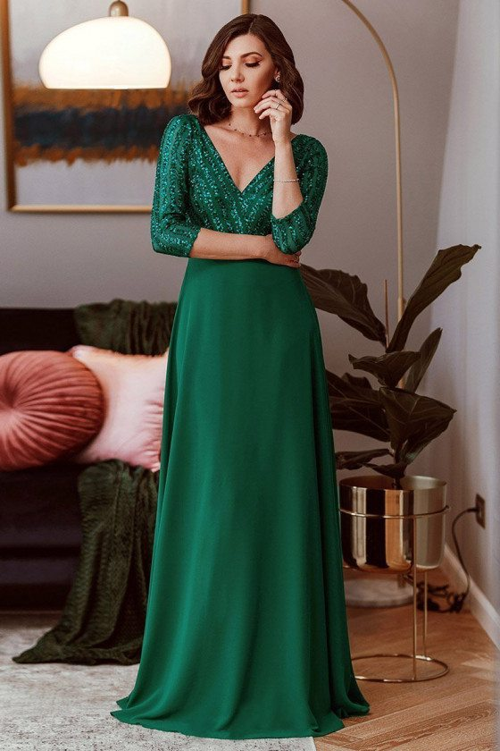 Elegant Green Evening Dress Vneck With 3/4 Sleeves