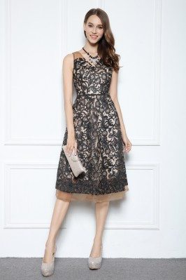 Embroidery Knee Length Short Party Dress