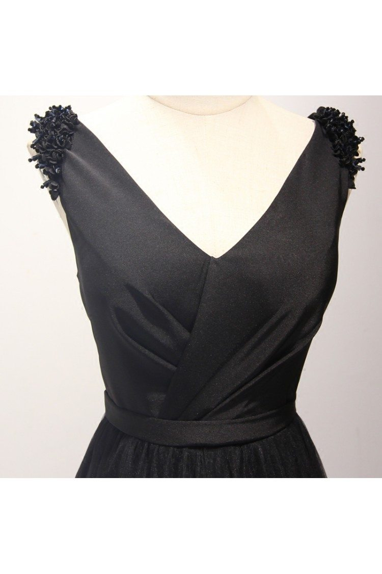 Classy Black Long Formal Prom Dress In Tulle V Neck