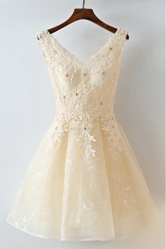 Gorgeous Champagne Short Lace Homecoming Party Dress Sleeveless