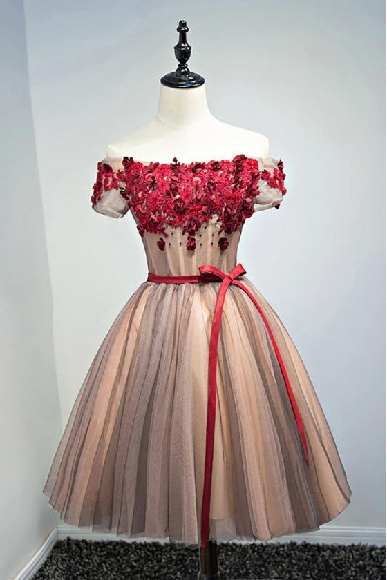 Unique Off Shoulder Sleeve Short Prom Party Dress With Flowers
