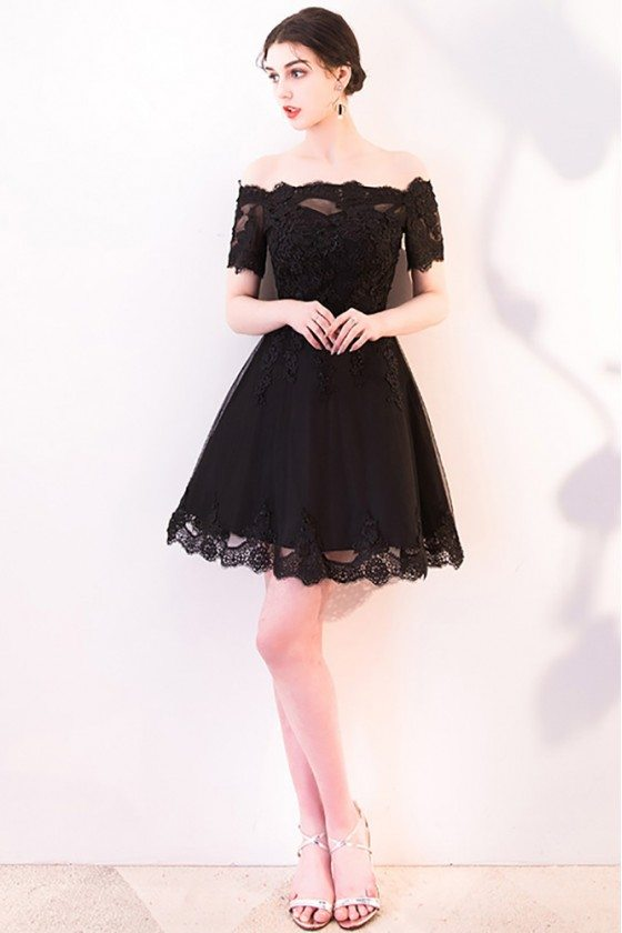 Short Black Lace Homecoming Dress with Off Shoulder Sleeves