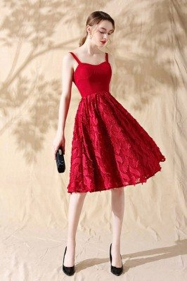 Leaf Lace Aline Red Short...