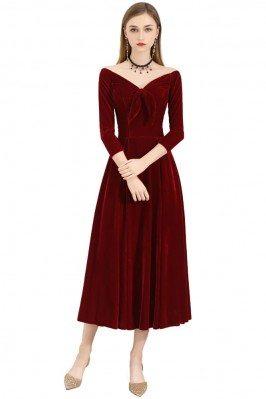 Burgundy Velvet Chic Midi...